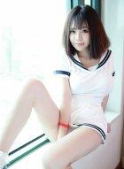 刘飞儿超短紧身日系校服写真 不仅秀出迷人巨乳还秀出了惹火翘臀