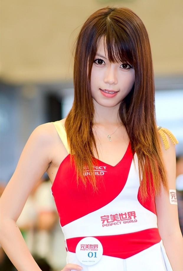 ChinaJoy2011标致美女大收藏