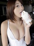 日本性感美女原干�{大胆爆乳写真